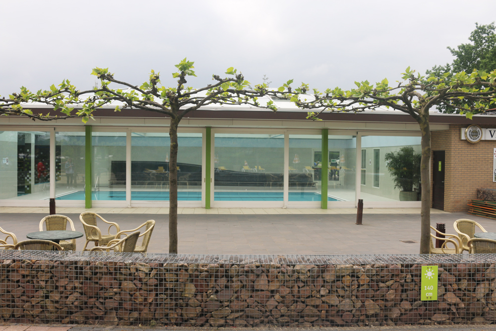 Zwembadbank camping Vreehorst Winterswijk